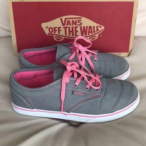 Vans Shoes - Authentic Vans girls sneakers tennis shoes sz 3
